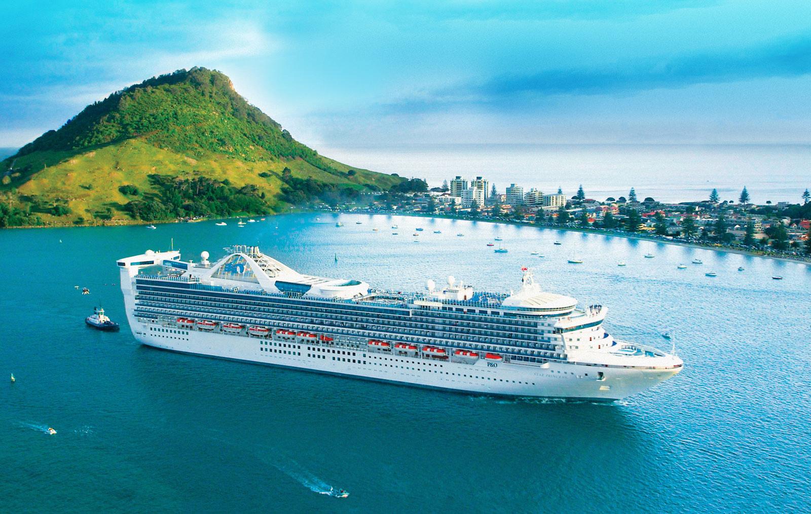 Tauranga Port cruiseship