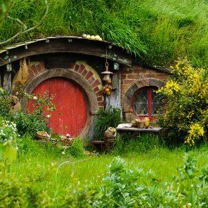 hobbit-hole-red-1600x1200.jpg